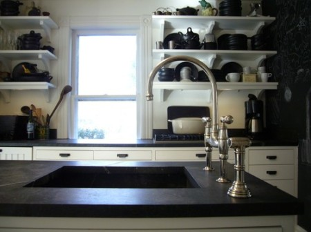 black & white kitchen2